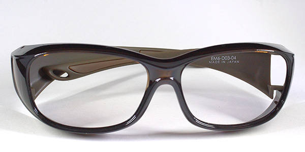 https://www.megane-eye.com/new/hold/em6-tya.jpg