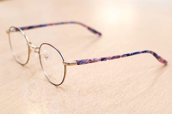 https://www.megane-eye.com/new/hold/go-604-2.jpg