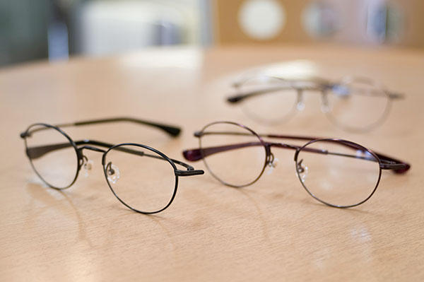 https://www.megane-eye.com/new/hold/s-635t-2.jpg