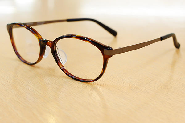 https://www.megane-eye.com/new/hold/we5506-6.jpg