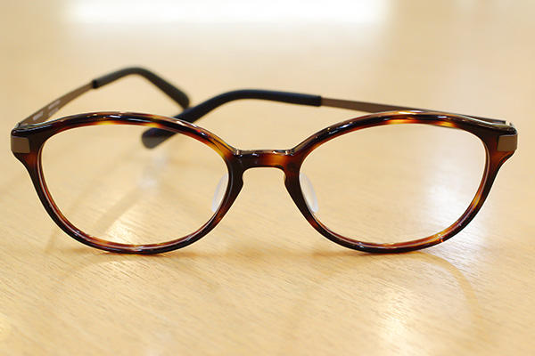 https://www.megane-eye.com/new/hold/we5506-7.jpg